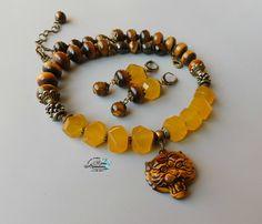 (1) Одноклассники Shell Jewelry, Beaded Jewelry, Beaded Bracelets, Meditation Crystals, Boho Fashion, High Fashion, Crystal Healing, Beads, Pendant