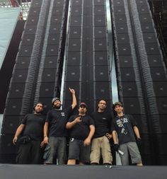 JBL VTX Line Arrays and Crown I-Tech HD Amplifiers for Rock In Rio 2013 - See more at: http://www.soundtech.co.uk/harman/news/jbl-vtx-crown-itechhd-rock-in-rio-2013