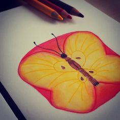 Schmetterling in Apfel - Bunstiftzeichnung #art #kunst #painting #butterflyapple #vladimirkush #surrealismus #surreal #paint…
