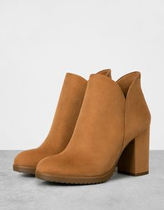 Office Amber Stud Leather Heeled Chelsea Boots Pinterest Studded Heels And