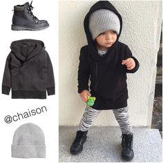 """""""Dagens detaljer ❤ ______________________________________  #loveofmylife #family #inspo #inspoforkiddos #inspirationforpojkar  #barnoutfit #dagenskiddos #kidsfashion #fashionforminis1 #littlegarms #dagensmini #dagenskiddo #DanteTrulsen #ministil #barnasgarderobe #Dantedetails  #hmkids #hm #zara #zarakids"""" Photo taken by @chaison on Instagram, pinned via the InstaPin iOS App! http://www.instapinapp.com (10/15/2015)"""