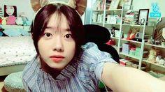 Kim Shoye - I.O.I Super bonitinha ela ta com essas orelhinhas SENHOR!