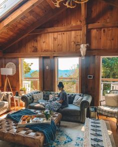 Cabin Interior Design, Cabin Design, House Design, Modern Cabin Interior, Cabin Homes, Log Homes, Cabins And Cottages, Log Cabins, Cabin Interiors