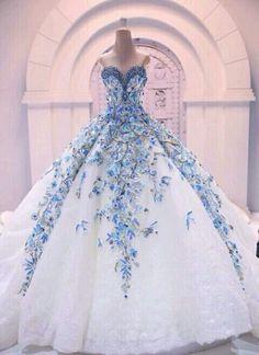 Beautiful Cinderella #weddingdress