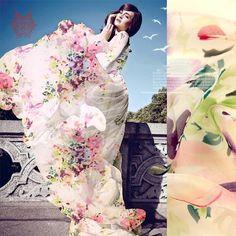 Купить товарДизайнер цветочный boho печать 100% шелк шифон ткани для летнего платья, 6 мм шелковой ткани ткани бесплатная доставка SP2784 в категории Тканьна AliExpress.        Типа: Цветочные Печать 100% шелк шифон                  Цвет: один цвет, как рис                  Материал: 100%