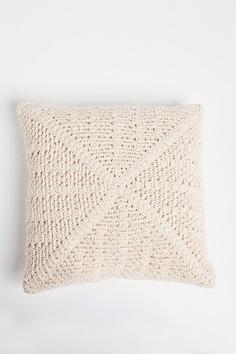 crocheting pillows!!