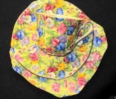 ROYAL WINTON GRIMWADES SWEET PEA CHINTZ TEA CUP AND SAUCER TRIO