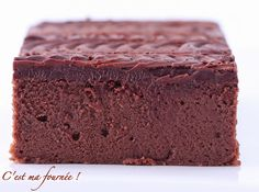 The chocolate cake of Cyril Lignac: FABULOUS! (This is my batch! French Desserts, No Cook Desserts, Dessert Recipes, Chefs, Thermomix Desserts, Cake & Co, French Pastries, Let Them Eat Cake, Cake Cookies