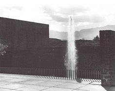 Acceso principal, Jardines del Pedregal, México DF 1952    Arq. Luis Barragán -    Foto. Armando Salas Portugal    Main Entrance,Jardines del Pedregal, Mexico City 1952