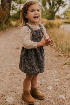 Harley Overall Dress - Knit Overall Dress – Fall Outfit Ideas for Girls Toddler Girl Fall, Toddler Girl Style, Toddler Girl Outfits, Toddler Fashion, Fall Fashion Kids, Baby Boy Style, Cute Kids Fashion, Classy Fashion, Party Fashion