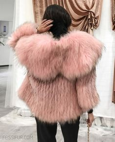 Raccoon fur jacket, made of fine real Raccoon fur. Pure hand knitted by crafted workmanship. Features its fold out wide lapel that cover shoulders. Fur Fashion, Winter Fashion, Pink Fur Coat, Fluffy Coat, Fur Jacket, Mantel, Winter Outfits, Knitwear, Lady