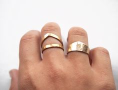Pretty gold hammered rings