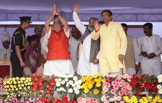 Haryana's first BJP chief minister Manohar Lal Khattar sworn-in