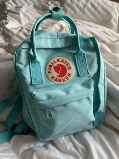 basically new mini fjallraven kanken! In great condition only used like 5 times! I love it I just want to sell it and buy a full size for school! Color is sky blue Cute Backpacks, Girl Backpacks, School Backpacks, Mochila Kanken, Kanken Backpack Mini, Mini Kanken, Aesthetic Backpack, Backpack Outfit, Backpack For Teens