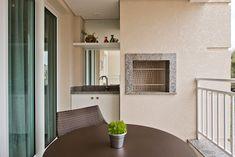 Apartamento ES por Luciana Ribeiro Arquitetura | homify Windows, Good Ideas, Log Projects, Arquitetura, Ramen, Window