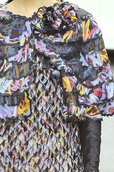 patternprints De Revistas: imprime, patrones, adornos y Efectos de superficie from La Semana PARIS MODA (A / W 14/15 ropa de mujer) / 4