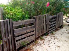 ArtofGardening.org: A Disney-esque re-use pallet fence in the Bahamas