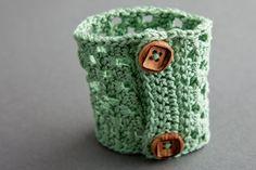 Love this Bodega Bay Cuff - Free Crochet Pattern