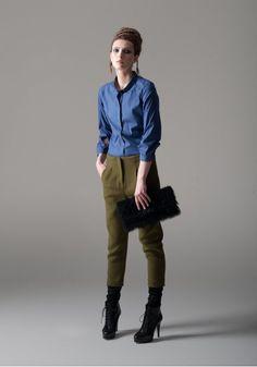 Alessia Xoccato presenta la collezione Fall - Winter 2012/13: effetti scultorei e linea perfetta