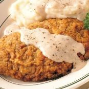 What is better than Chicken Fried Steak? Chicken Fried Steak with Mashed Potatoes and Peppered Cream Gravy is the ultimate comfort food that will surely satisfy any. Chicken Fried Steak Gravy, Fried Chicken Livers, Apple Dumpling Recipe, Apple Dumplings, Steak And Mashed Potatoes, Etouffee Recipe, Cream Gravy, Omaha Steaks, Recipe For 4