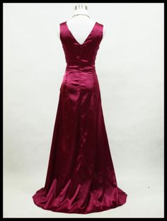 Back view fitted bodice. Purple, or Black or Blue evening dress with fab details. UK 18, 20, 22, 24. Click to buy. Free shipping.