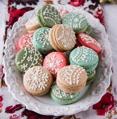 french macaroon #christmasmacaroons #christmasmacarons