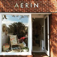 """40 aprecieri, 5 comentarii - Clementine Miserolle (@clemsansgluten) pe Instagram: """"Reloading on my favorite candle at @aerin. Also want to say you have the best customer service…"""""""