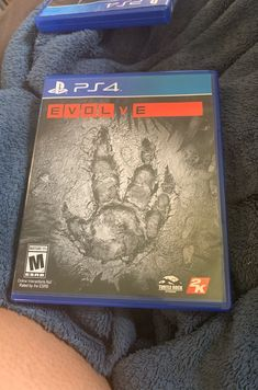 Listing is for Evolve video game for the only played by and adult. It is in great condition. Video Games List, Monkey King, Ps4, Sony, Conditioner, Pictures, Books, Stuff Stuff, Photos
