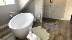 duschtrasse fliesen badfliesen duschglasw nde duschtrennwand badezimmer farmhouse. Black Bedroom Furniture Sets. Home Design Ideas