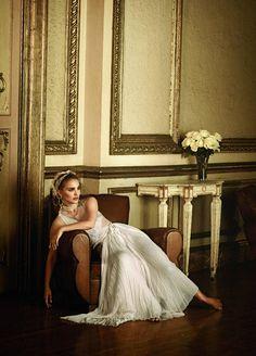 Natalie Portman, Vogue, 2011. Photographer: Peter Lindbergh.