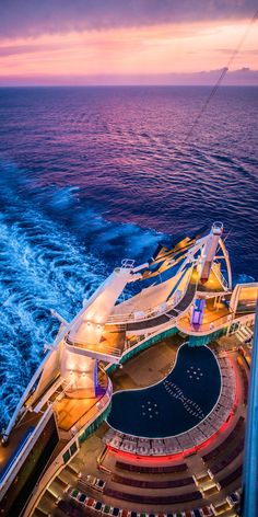 Explore the Magnificent World through Luxury Cruise – Travel By Cruise Ship Cruise Travel, Cruise Vacation, Cruise Ship Pictures, Cruise Tips Royal Caribbean, Best Cruise Ships, Royal Caribbean International, Disney Cruise Line, Luxury Yachts, Deepest Pool