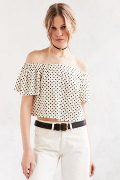 Kimchi Blue Jena Off-The-Shoulder Top - Urban Outfitters