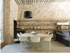 House renovation by Anna Noguera, Alemanys, Girona. Catalonia