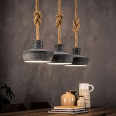 Tre lamper i beton look med reb Industriel lampe Dansk Industrial Ceiling Lights, Industrial Light Fixtures, Room Lamp, Bed Room, Tiffany Lamps, Hanging Lights, Hanging Lamps, Pendant Lighting, Pendant Lamps