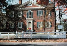 A HAUNTED MANSION- LIBERTY HALL IN FRANKFORT, KENTUCKY | LIVING ON ...