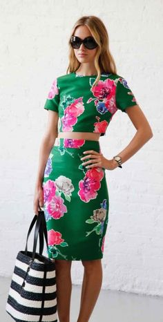 #street #style Kate Spade floral @wachabuy