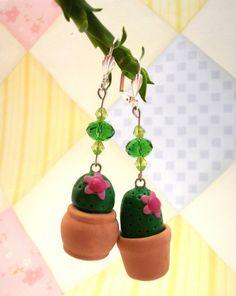 Clay Cactus Flower Earrings Handmade par BijottiCiciotti sur Etsy, $10,00
