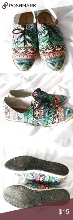 Tribal Boho Espadrilles Sneakers These sneakers are super cute. They are canvas with straw trim on the bottom. Tribal print. Pastel turquoise and pink. They are marked size 7/8 but IMO they will fit a size eight best. I am a size seven and these are too big for me. Reposh.  Posh rules only No PP No lowballing  Price firm unless bundled.  I'm a suggested user & party host, posh ambassador, posh mentor, and I'm five star rated so buy w confidence!  Happy Poshing! 🖤🖤🖤🖤🖤🖤🖤🖤🖤🖤🖤🖤🖤…