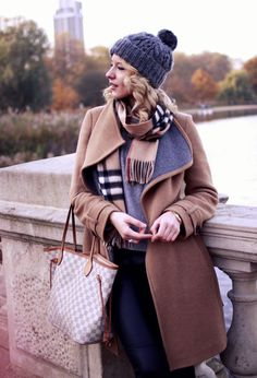 23 Fashionable Trench Coats For This Winter - Fashion Diva Design Louis  Vuitton Handbags f4b8c36b7e9
