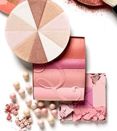 Enter Glamour Scoop's Glam Latina Belleza Box Sweepstakes to win one of 500 Glam Latina Belleza boxes, filled with beauty products. (ARV: $100). This promotion is open to the legal residents of the USA, 18  Enter once before April 09, 2013 at 11:59 p.m.