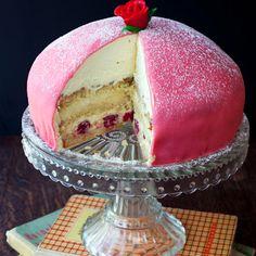 Prinsesstarta Swedish Princess Cake - gorgeous