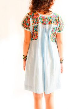 Cielo & Flores San Antonino Mexican embroidered pleated tunic