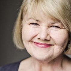 Beautiful Annette Badland Talks Mrs. Fitz in this Delightful Interview by Outlander Cast - Outlander Behind the Scenes