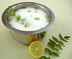 What are the benefits of drinking buttermilk in Hindi? Health benefits of taking buttermilk. Beauty benefits of buttermilk in Hindi. Is buttermilk great for your health and beauty? Reasons of drinking buttermilk. Andhra Recipes, Indian Food Recipes, Food Photography Tips, Healthy Eating Recipes, Snacks Recipes, Eat Healthy, Fish Recipes, Food N, Kabobs