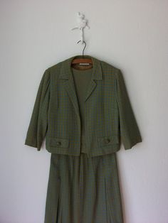 Vintage 60s Tailored Suit // Cropped Jacket by sparvintheieletree, $64.00