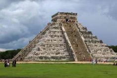10 Civilizations That Disappeared Under Mysterious Circumstances 1. The Maya The Maya are perhaps the classic example of a civilization that was completely lost, its great monuments, cities and roads swallowed up by the central American jungles, and its peoples scattered to small villages.