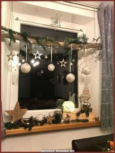 Great Christmas Decoration - Christmas - # Christmas Decorations - Decor is life Natural Christmas, Noel Christmas, All Things Christmas, Christmas Crafts, Christmas Ideas, Christmas Baking, Winter Christmas, Christmas Wreaths, Christmas Window Decorations