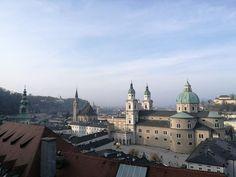 Spaziergang über Salzburgs Mönchsberg | VielFalten Salzburg, Berg, Barcelona Cathedral, Building, Travel, Environment, Life, Viajes, Buildings
