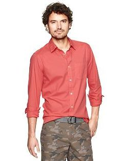 Garment-dyed modern oxford with camo! GAP