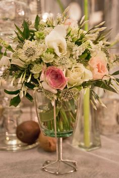 Zita Elze's stunning wedding flowers at the Designer Wedding Show | Flowerona